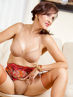 Sexy Women In Stockings Gallery