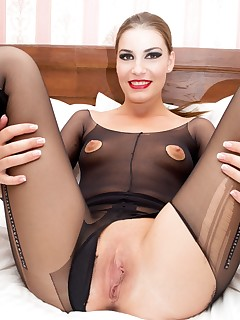 Ripped Pantyhose Sex Pictures